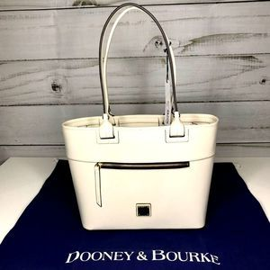 DOONEY BOURKE BEACON BOBO ZIP TOTE NWT